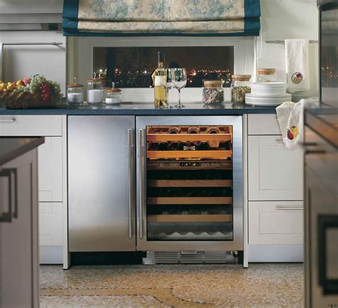 24 wine fridge 24 cabinet wine fridge imanisr