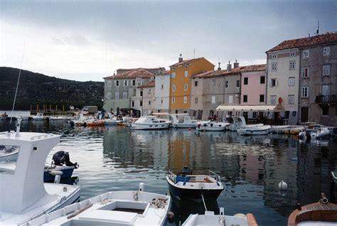 porto croazia porto di cres viaggi vacanze e turismo turisti per caso