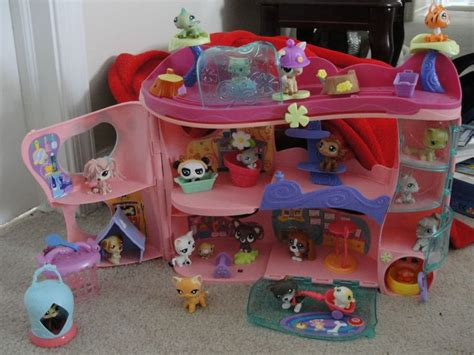 littlest pet shop houses the 25 best ideas about lps houses on pinterest mini stuff diy dollhouse and lps