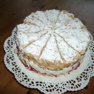 himmel und hölle kuchen mit johannisbeeren torte