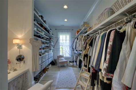 And The City Closet by Quot Sit And Feast On Your Quot Part 2 Who S Closet Is It