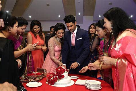 vivek dahiya engagement pix divyanka tripathi gets engaged to vivek dahiya
