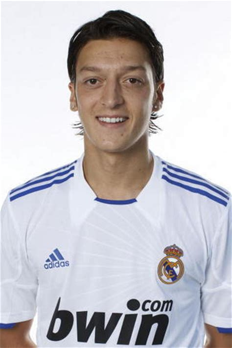 imagenes ozil real madrid mesut 214 zil images mesut 214 zil real madrid wallpaper and