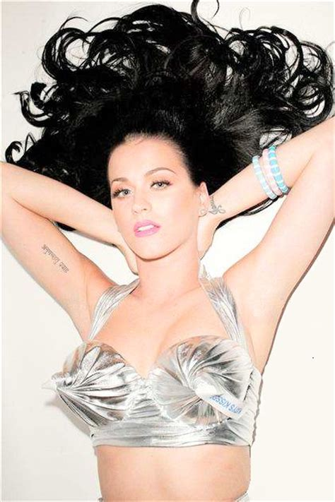 tattoo bras katy perry katy perry i freaking love this hershey s kisses bra