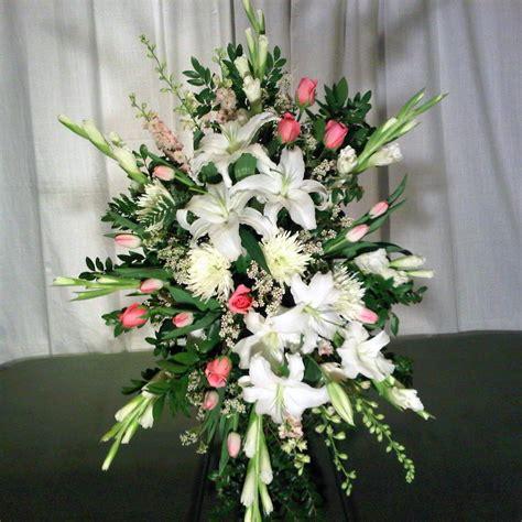 Arranging Roses In Vase Memorial Service Flowers Portland Oregon