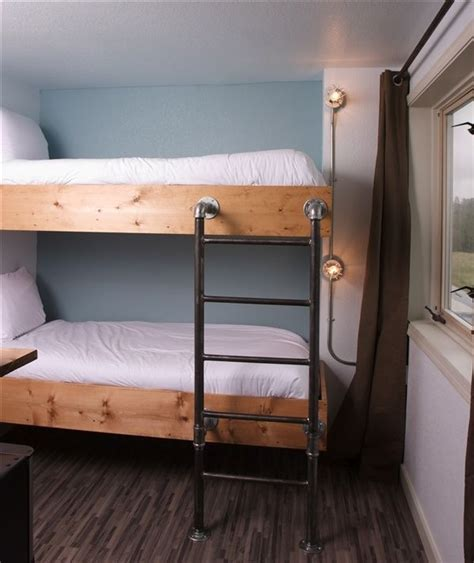 diy bunk bed ladder 25 best ideas about bunk bed fort on green