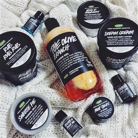 Lush Handmade Cosmetics Review - pretty random things product review lush fresh handmade