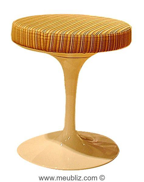 Tabouret Tulipe by Tabouret Tulipe Quot Pedestal Quot Par Eero Saarinen Meuble Design