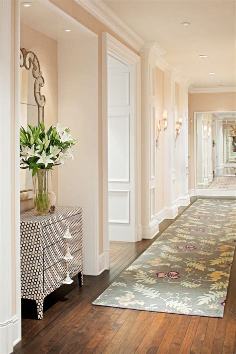 ways  decorate  narrow hallway hallway decorating