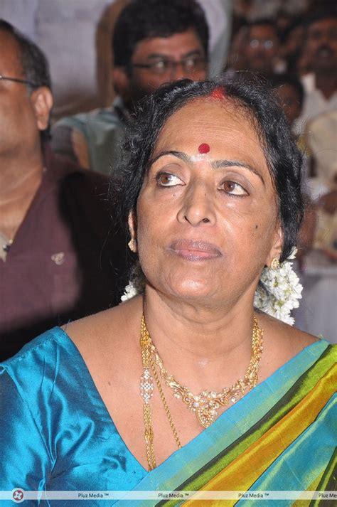 k r vijaya biography opinions on k r vijaya