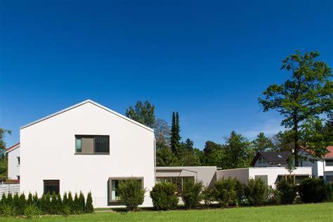 Einfamilienhaus Mit Grundstück by Einfamilienhaus Mit Garage M13 Architekten