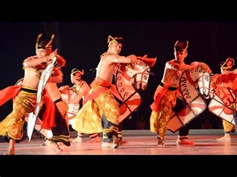 Ad Kepang dances of malaysia in the moonlight 3