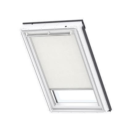 store velux 279 explore our velux solstro roof window blinds l