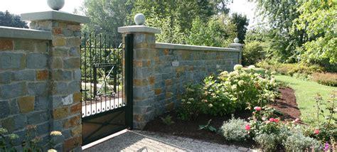Natursteinmauer Als Sichtschutz by Mauer Zaun Sichtschutz Garten Driller