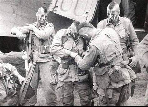 fighting with the filthy thirteen the world war ii story of womer ranger and paratrooper books photos u s army paratroopers with mohawks world war ii