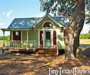 victorian tiny house painted lady victorian tiny house for the home pinterest