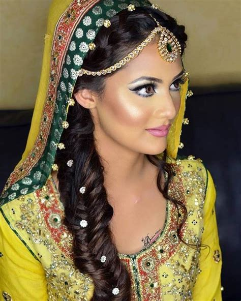 Hairstyles For 40 Indian by Different Hairstyles For Indian Weddings Www Pixshark