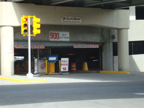 Joe Louis Arena Parking Garage by Find Parking At Joe Louis Arena Garage 900 W Jefferson