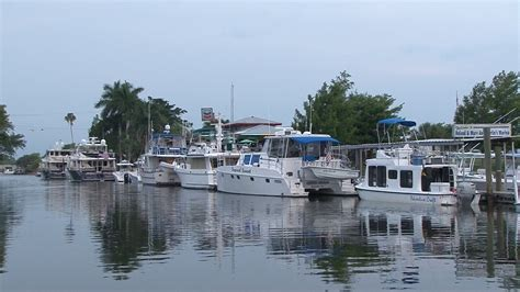 boat and rv storage florida lake okeechobee dock rental transient dockage