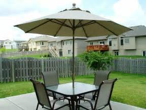 Patio Table And Umbrella Set by Selecting Best Patio Table Umbrella Patio Design