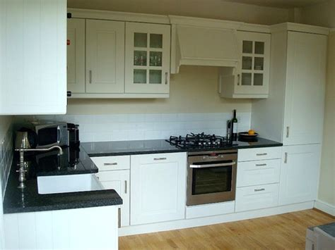 Approx 5yr Old Wickes Painted Kitchen, Worktops and Appliances