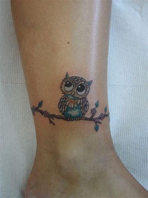 tattoo owl small 220 ber 1 000 ideen zu small owl tattoos auf pinterest