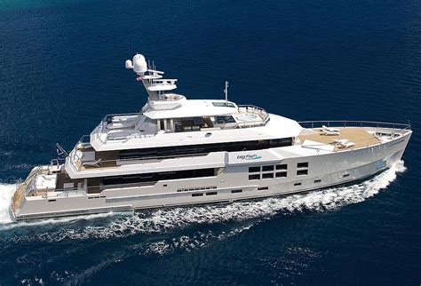 big new boat mcmullen wing yachts news reviews and features
