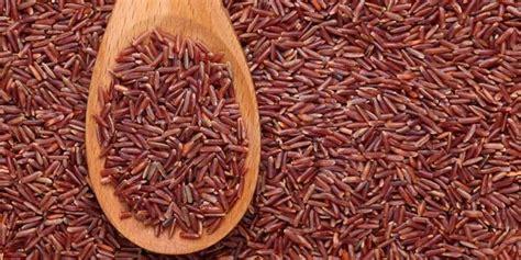 cucinare il riso rosso tre diversi metodi di cottura riso rosso integrale