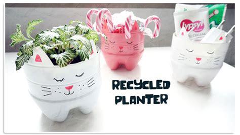 Planterbag 20 Liter Putih 20 creative ways to reuse and recycle plastic bottles