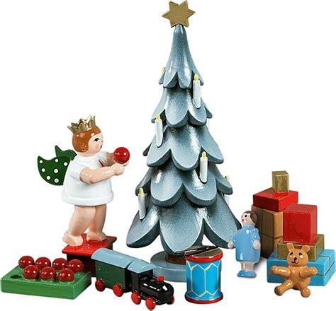 weihnachtsbaum mit stern und kerzen