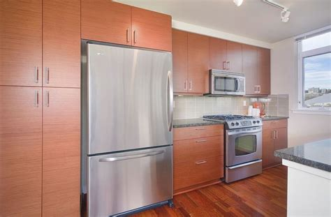 horizontal grain kitchen cabinets modern kitchen with wood cabinets horizontal grain