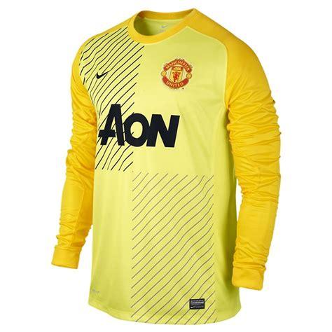 Setelan Jersey Manchester United Mu Gk Longslseve Ls 2017 2018 98 99 nike s manchester united sleeve replica goalkeeper jersey lemon chrome