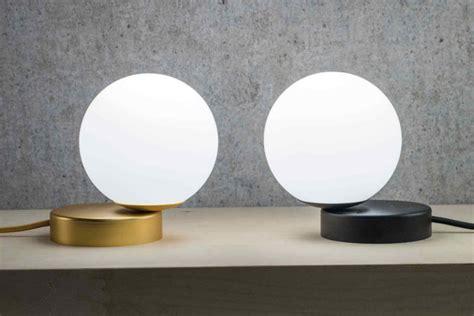illuminazione da tavolo migliora l illuminazione di casa con le lade da tavolo