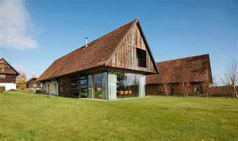 renovated barn turned into a cozy modern home