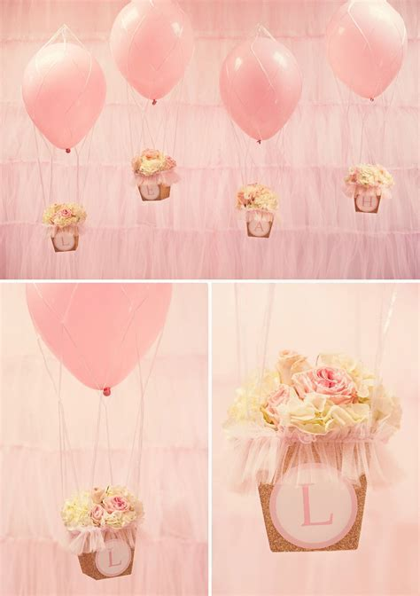 hot air balloon decor idea A Glittering Pink and Gold Hot