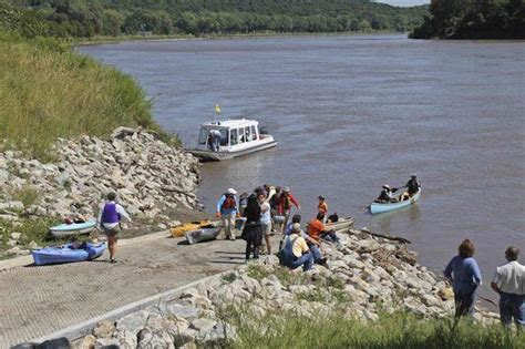 boat rides in kansas city missouri river boat ride greenability magazine