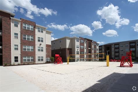 Apartments Greensboro Nc Water Included The Reserve At Greensboro Rentals Greensboro Nc