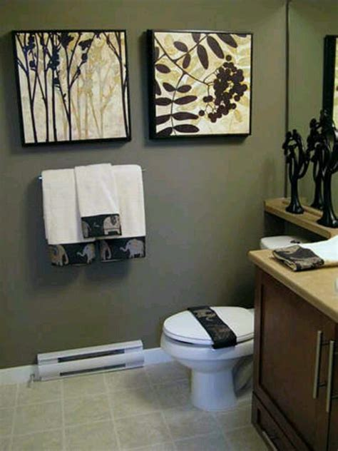 modern bathroom wall art models