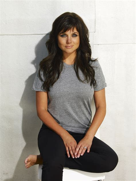 tiffani thiessen white collar matt bomer tim dekay willie garson tiffani