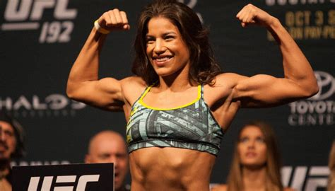 top 10 beautiful mma female fighters most beautiful hottest ufc female fighters in the world