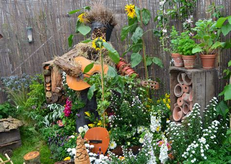 Wildlife Garden Ideas Make A Small Change For Nature Nottingham In Bloom Open Day Growing Family
