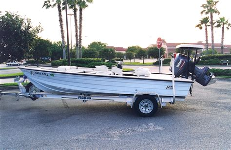 hewes lappy boats wtb 1992 2001 hewes redfisher or bonefisher boats for
