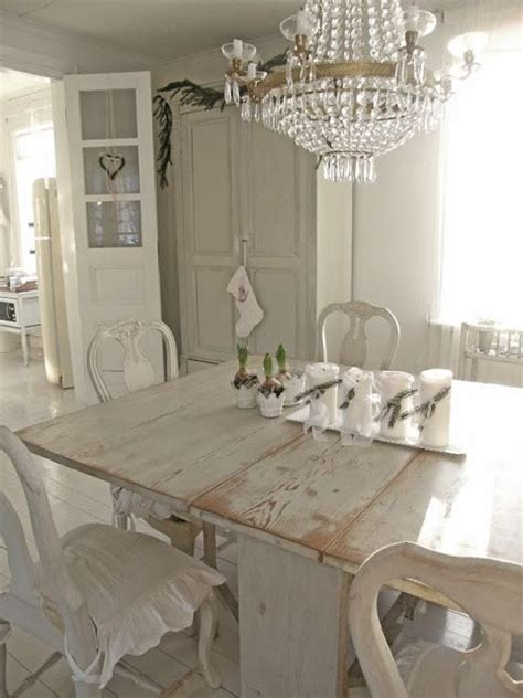 Shabby Chic Dining Room by Creating A Shabby Chic Dining Room