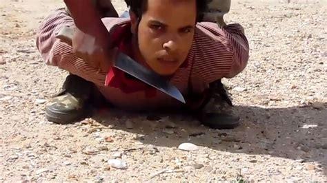 imagenes fuertes de gente decapitada el isis asesin 243 ferozmente a 18 personas video cadena