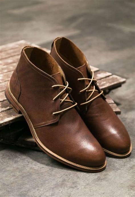 Reyl Chuka Boots Sepatu Pria Brown o que 201 o traje business casual masculino casual sapato