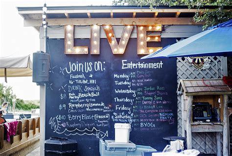nightlife on the island where to go what to do hilton - Tiki Hut Entertainment
