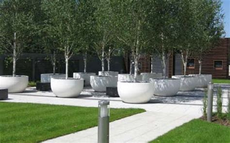 Tree Planters Pots by 682 Best G A R D E N Images On
