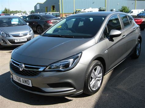 vauxhall grey used asteroid grey metallic vauxhall astra for sale