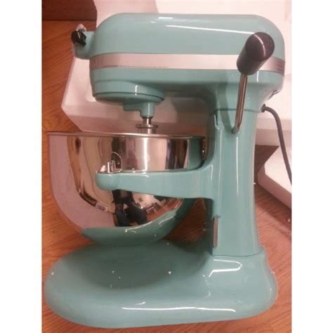 Kitchenaid 600 STAND MIXER 6 Quart KP26M1XAQ Martha