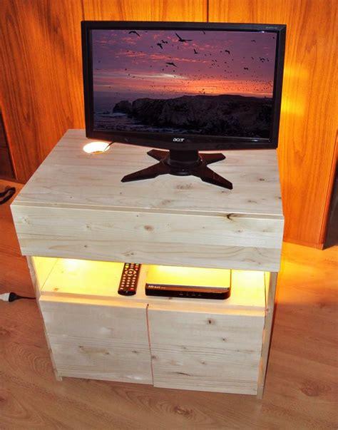 mobile legno fai da te 5 idee per mobili fai da te